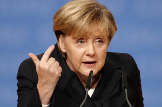 Merkel: burka poważną przeszkodą w integracji
