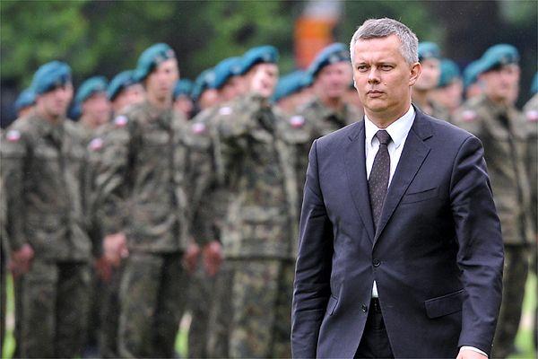 Siemoniak: Polska nie będzie angażować się militarnie w Syrii