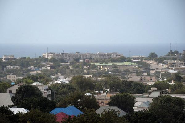 Islamiści zaatakowali hotel w Mogadiszu
