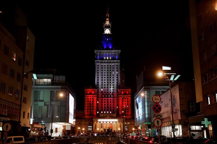 Po zamachach w Paryżu – Polska solidarna z Francją