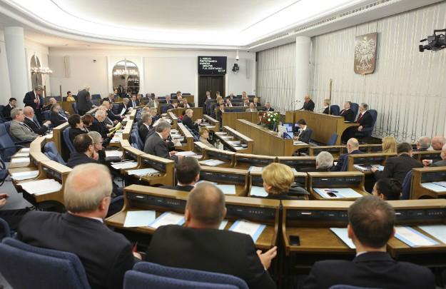 W Senacie kolejne poprawki dotyczące głosowania korespondencyjnego