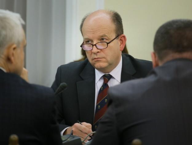 Radziwiłł: w 2018 r. na wynagrodzenia rezydentów ponad 1 mld zł