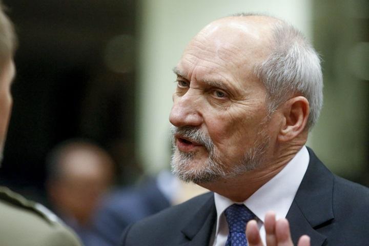 Macierewicz: priorytetem dla resortu jest szczyt NATO w Warszawie