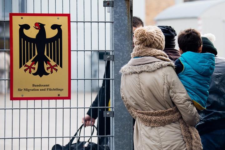 MSW Niemiec: w zeszłym roku do kraju przybyło prawie 1,1 mln migrantów