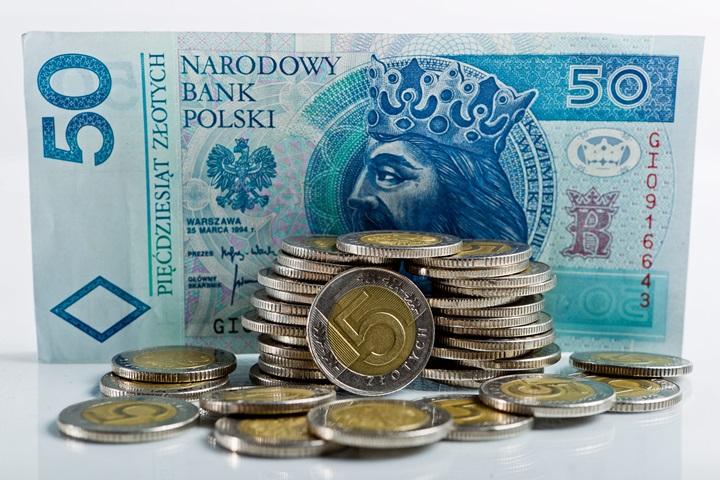 KE utrzymuje prognozy wzrostu gospodarczego dla Polski