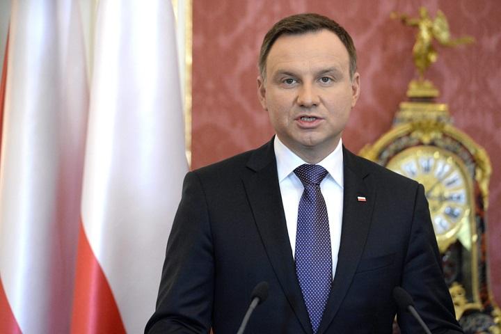 Prezydent Andrzej Duda na czele rankingu zaufania
