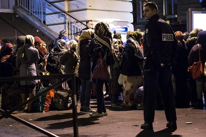 Francja: ewakuacja obozu migrantów w północnej części Paryża
