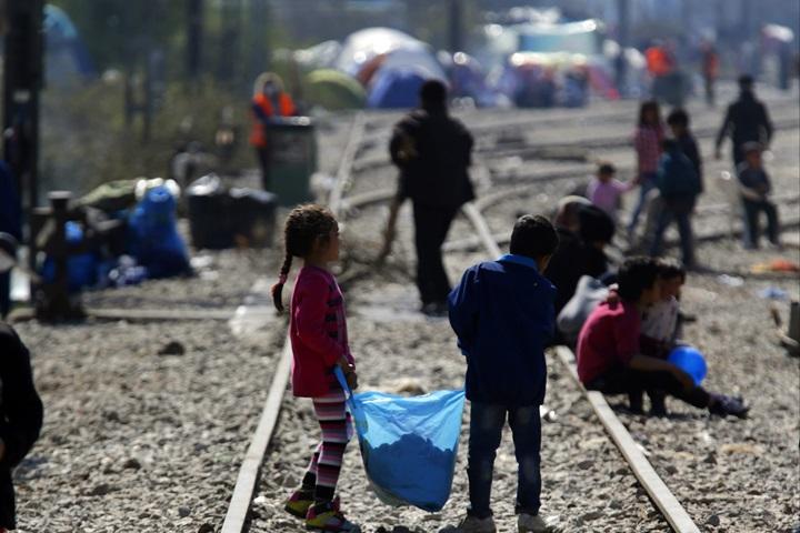 Niemcy: 890 tys. zamiast 1,1 mln poszukujących azylu w 2015 roku