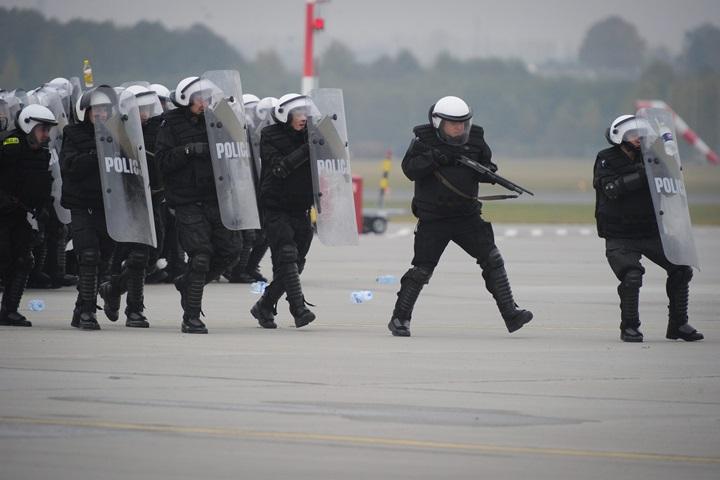 MSWiA zakłada: 6,5 mld zł dla służb mundurowych do 2020 r.
