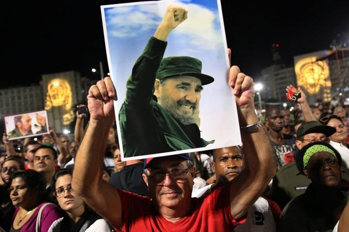 Kuba: wielotysięczne zgromadzenie poświęcone pamięci Fidela Castro