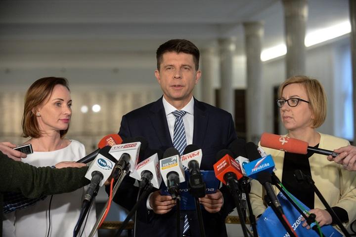 """Petru zakłada nowe stowarzyszenie """"Plan Petru"""""""