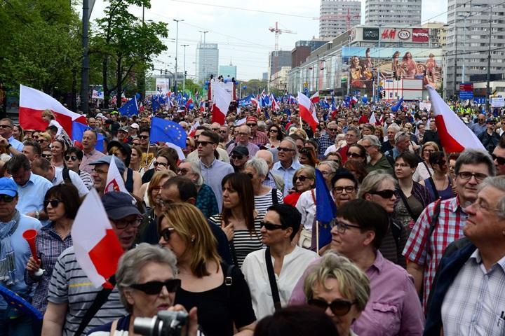 """""""Marsz Wolności"""" w Warszawie"""