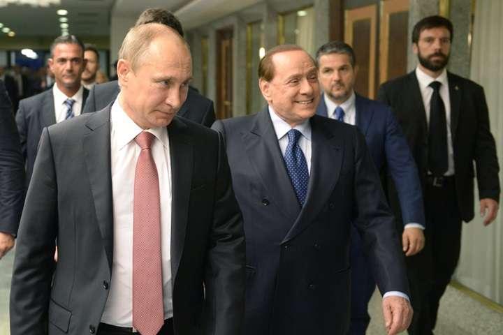 Włoska prasa: Berlusconi poleciał do Putina na jego 65. urodziny