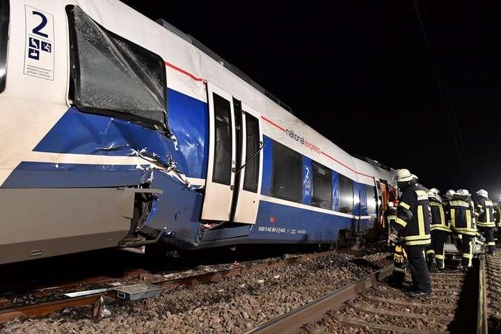 Niemcy: 47 osób rannych w wypadku kolejowym pod Neuss