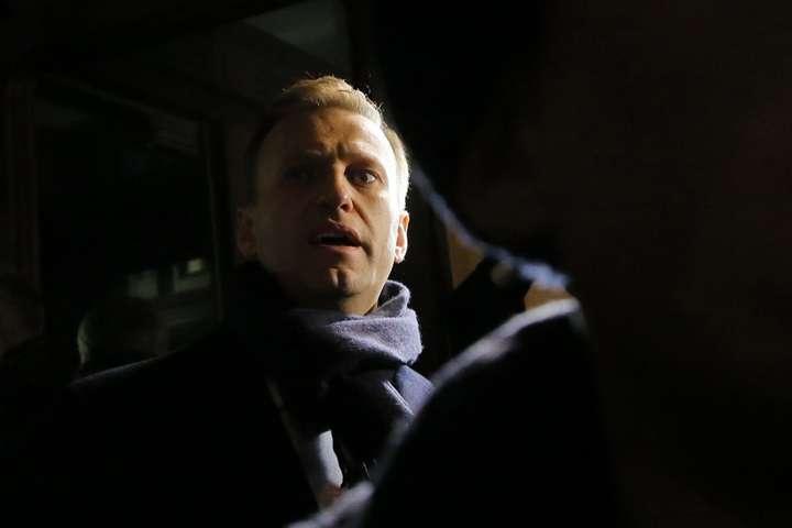 Dla Nawalnego niebezpieczny jest zarówno areszt jak i kolonia karna