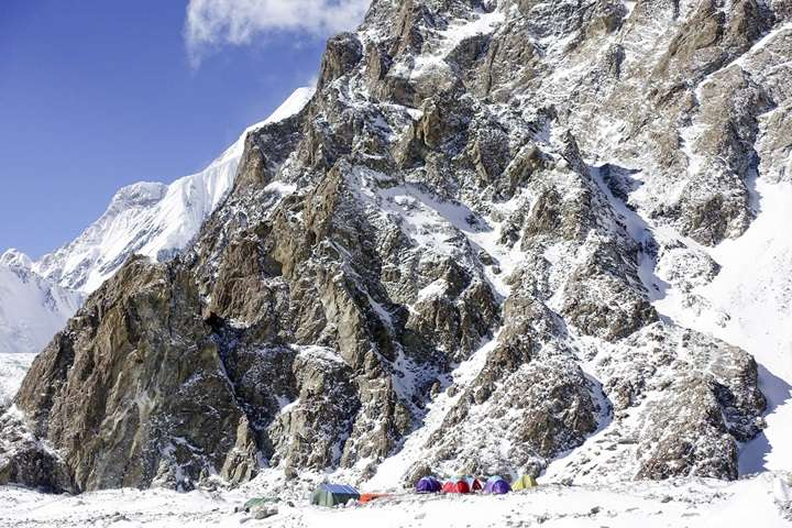 Wyprawa na K2: Zespoły wracają do bazy. W marcu próba ataku szczytowego