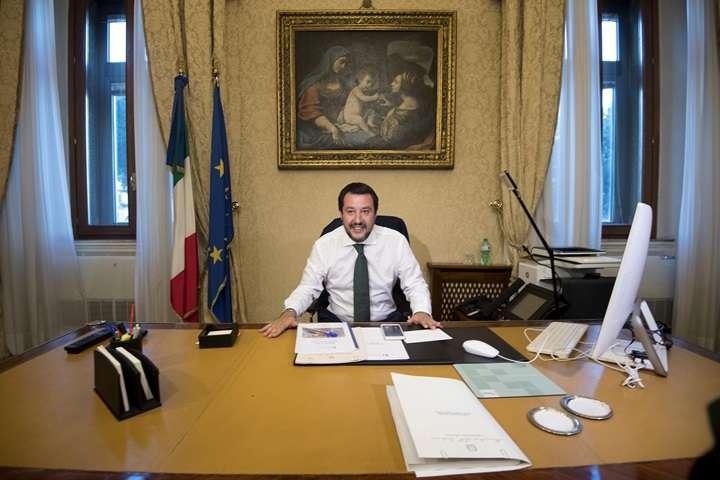 Szef włoskiego MSW: razem z Orbanem zmienimy reguły UE