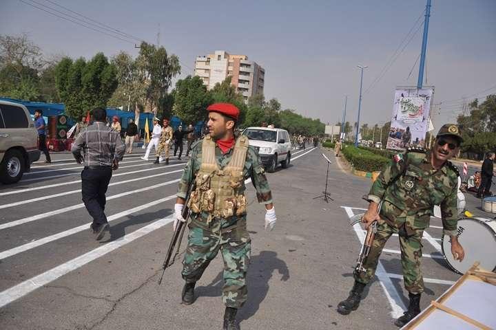 """Irańska telewizja: siły bezpieczeństwa zabiły """"uczestników zamieszek"""" w wielu miastach"""