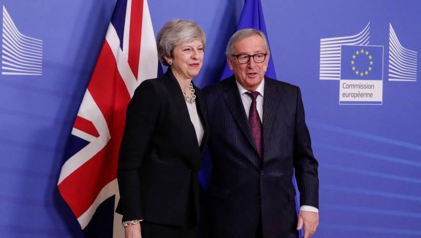 Juncker dopuszcza nowy termin na akceptację umowy przez W. Brytanię