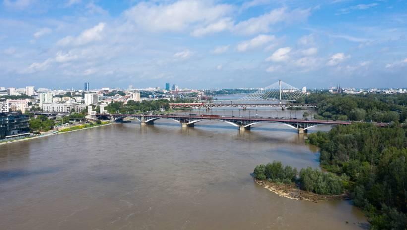 Do stolicy dotarła fala wezbraniowa – stan wody to obecnie około 550 centymetrów