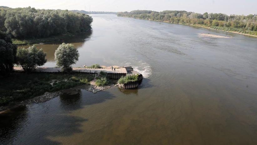 RCB ostrzega kolejne powiaty przed używaniem wody w Wiśle