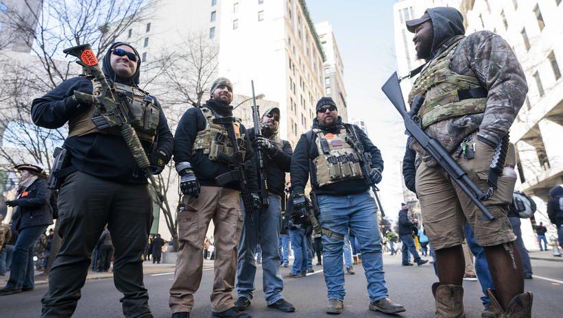 USA: demonstracja w obronie prawa do posiadania broni w Richmond